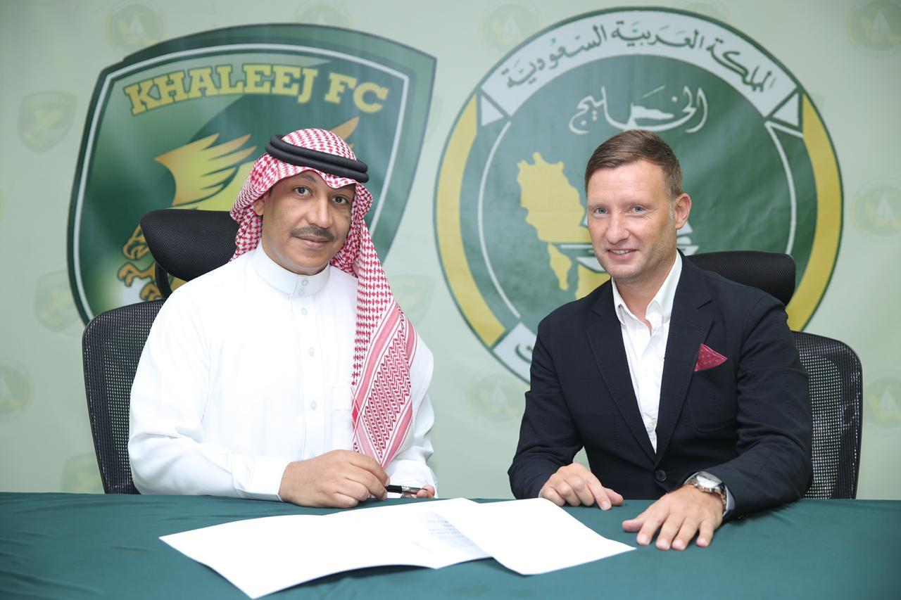 الخليج يبرم إتفاقه الرسمي مع الكرواتي الين هورفات لقيادة الدانة في دوري الأمير محمد بن سلمان
