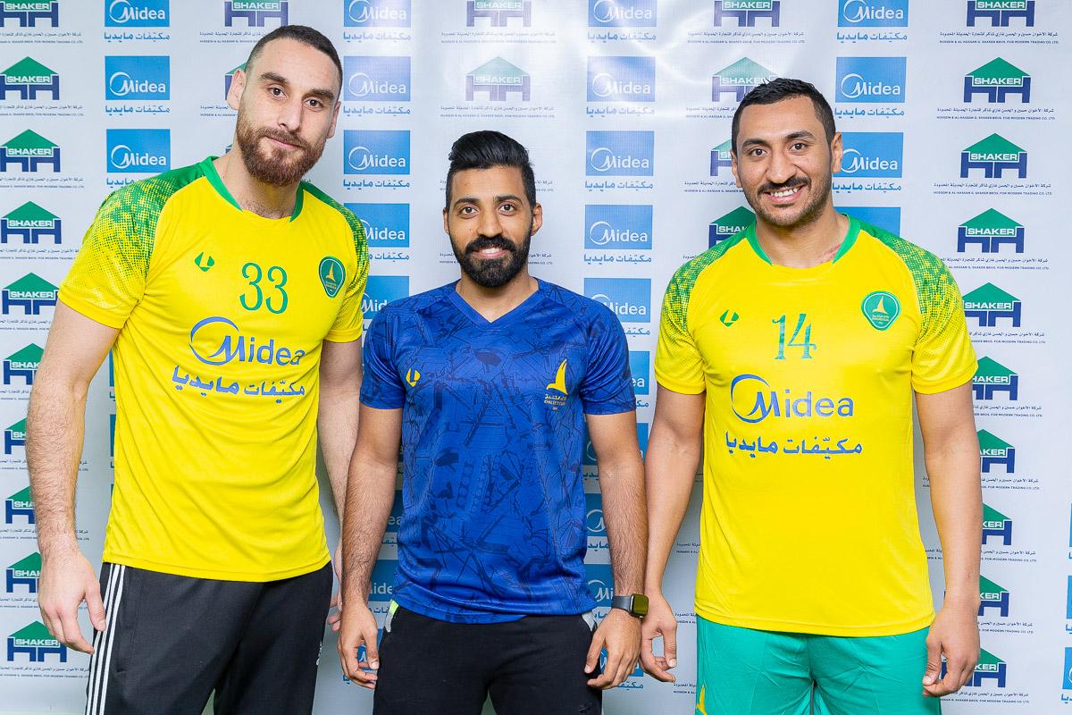 الفريق الأول لكرة اليد يدعم فريقه بـ العبيدي وسيف الدين حميده