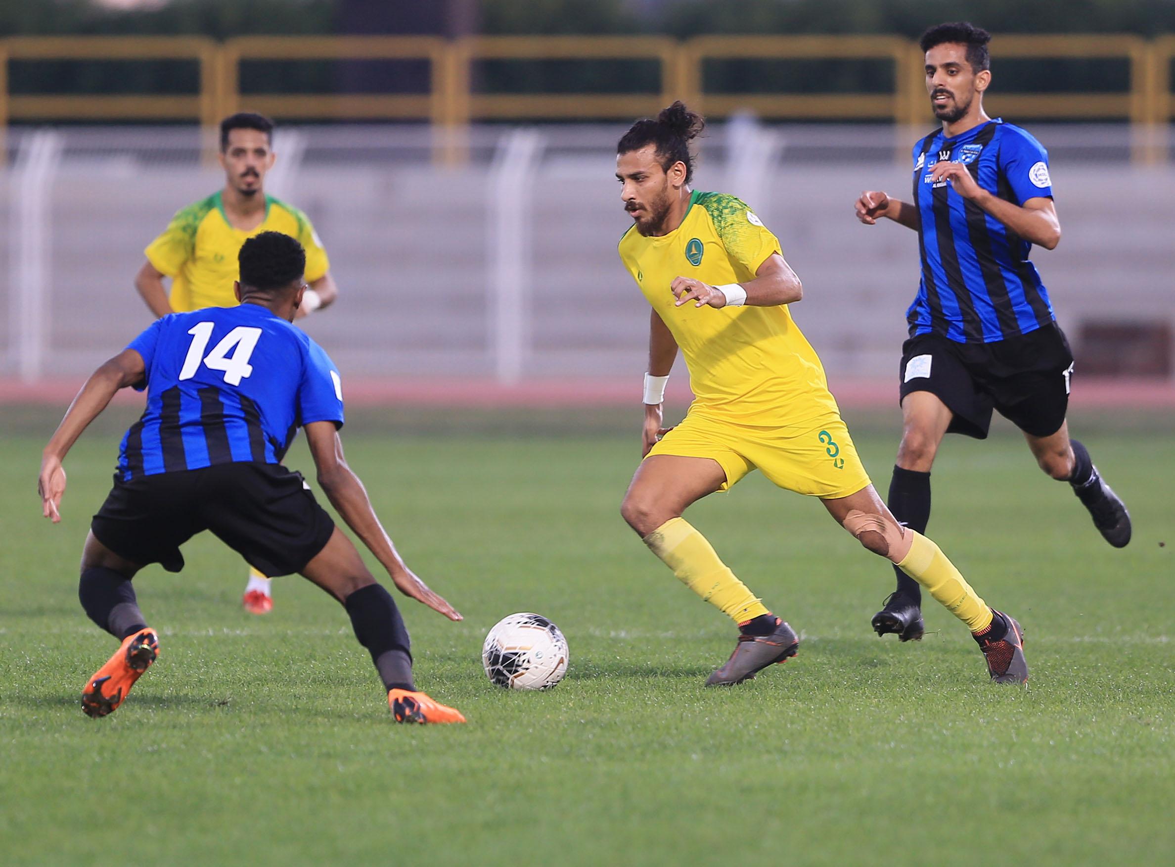 الخليج ينهي الدور الأول من دوري الأمير محمد بن سلمان بالتعادل مع النهضة