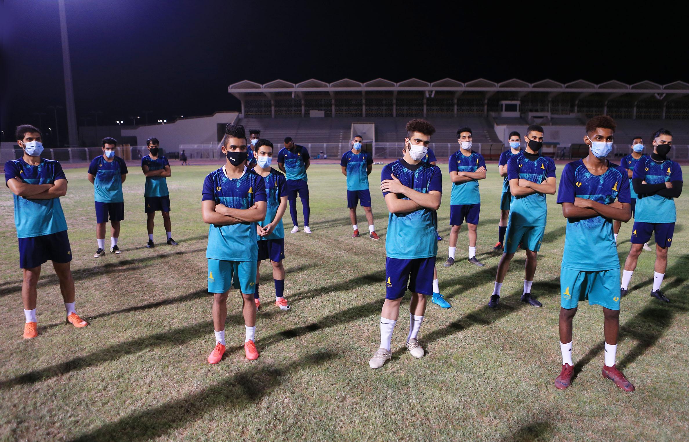 انطلاقة تدريبات الخليج لاستكمال منافسات دوري الأمير محمد بن سلمان للدرجة الأولى بعد تجاوز فحص كورونا