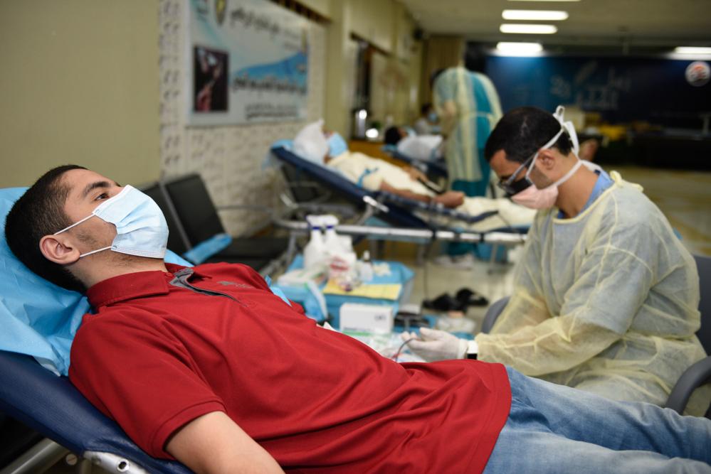 """في ظل الجائحة الخليج يهدي 75 كيس دم للمرضى في يوم خاص بنبض العطاء """"نعيم المكحل"""""""