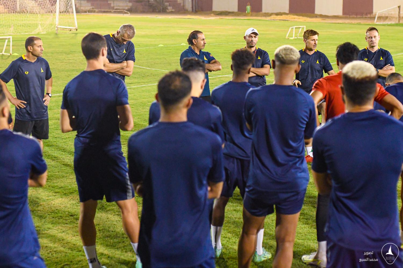 """الخليج يصل الرياض و ينهي تحضيراته لـ """"الدرعية """""""
